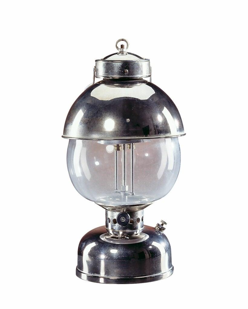httpswww.outdoorlife.comsitesoutdoorlife.comfilesimport20151914-coleman-lantern.jpg