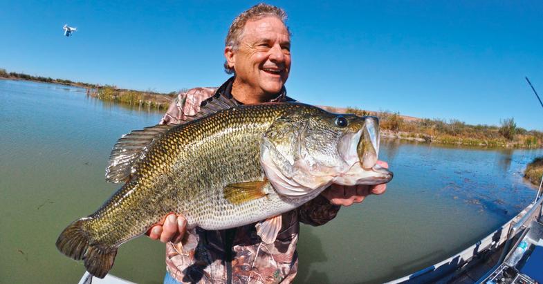 growing largemouth, lake management, record largemouth, Gary Schwarz, lunker largemouth, largemouth bass, bucketmouth