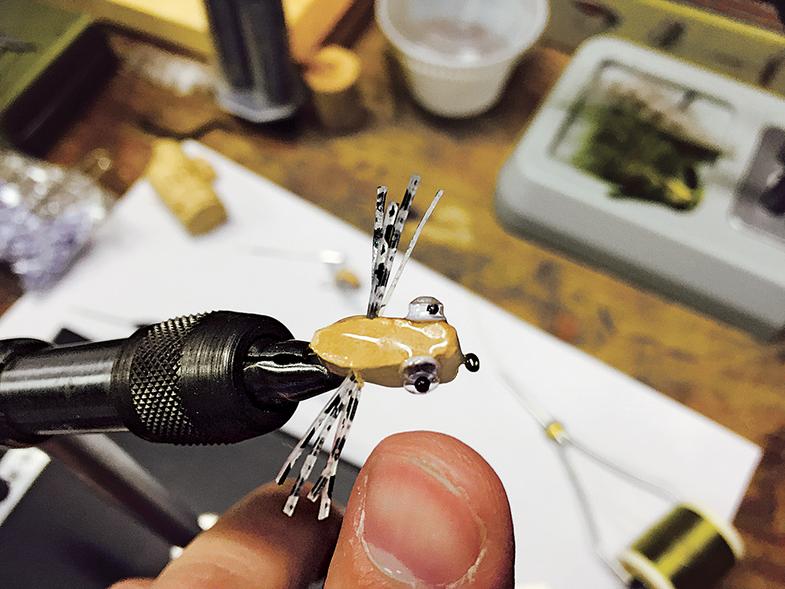 popping bugs, wine cork popping bugs, diy popping bugs, fly-tying