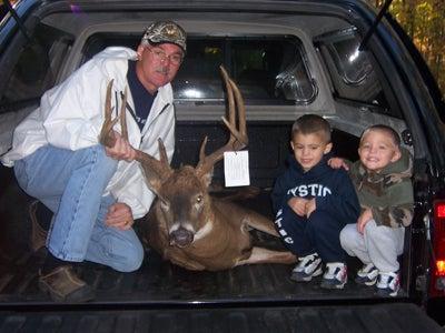 httpswww.outdoorlife.comsitesoutdoorlife.comfilesimport2014importImage2008legacyoutdoorlifejuly4_Bob_Russell.JPG