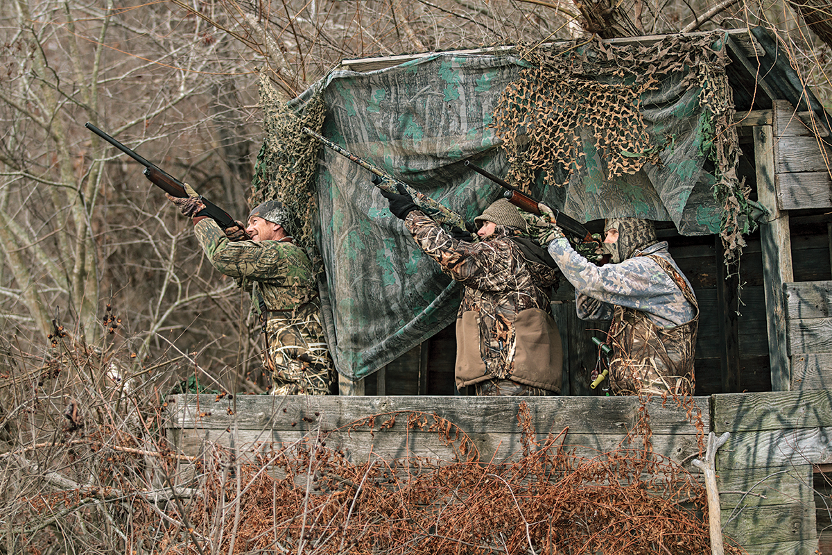 The 6 Worst Guys to Hunt with in a Duck Blind