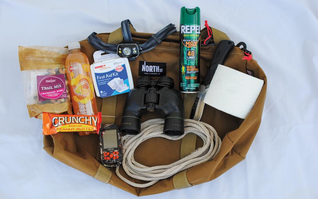 deer-retrieval kit, deer hunting, deer hunting supplies, luminol, first aid