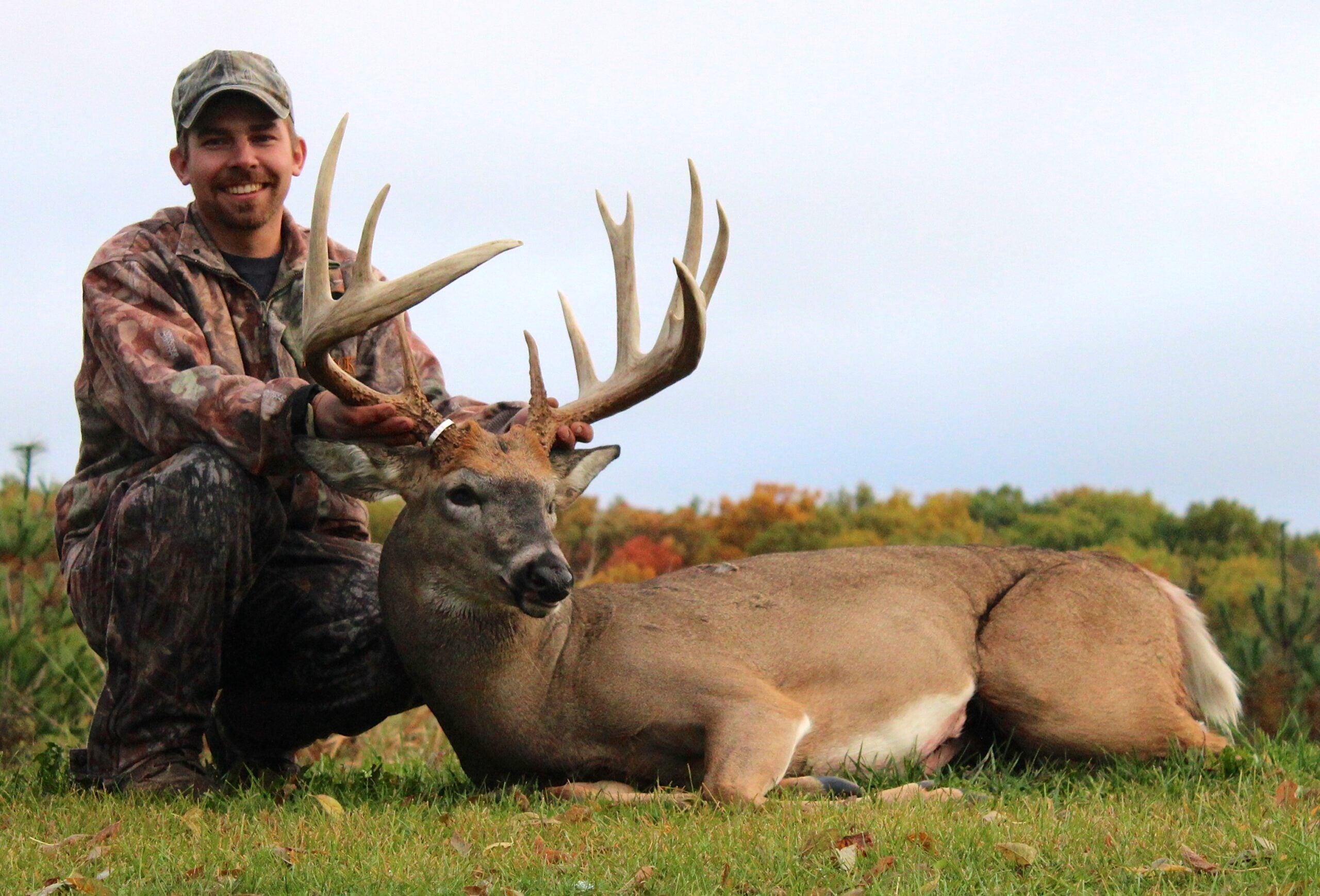 Big Bucks: Wisconsin Whitetail Confirmed as New State Archery Record