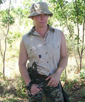 httpswww.outdoorlife.comsitesoutdoorlife.comfilesimport2014importImage2008legacyoutdoorlifeelephant_huntress_16.jpg