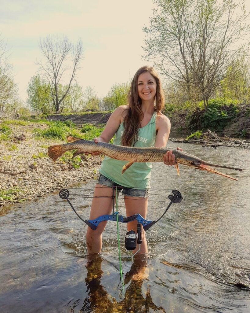 Beka Garris bowfishing
