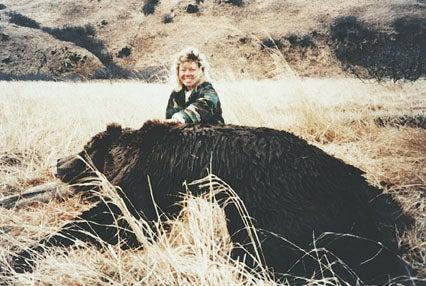 httpswww.outdoorlife.comsitesoutdoorlife.comfilesimport2014importImage2008legacyoutdoorlife125-_big_bear_hunting_5_cindy_rhodes.jpg