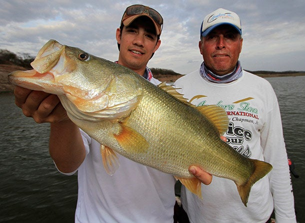 Lessons from Lake El Salto: How to Catch Pressured Bass
