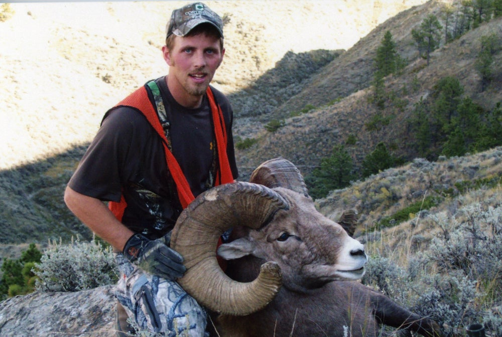 httpswww.outdoorlife.comsitesoutdoorlife.comfilesimport2014importImage2012photo100132157913_13tie_bighorns_lookhart.jpg
