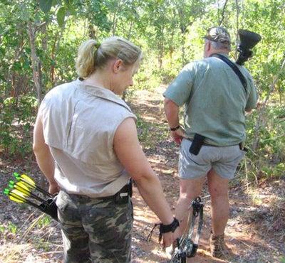 httpswww.outdoorlife.comsitesoutdoorlife.comfilesimport2014importImage2008legacyoutdoorlifeelephant_huntress_15.jpg
