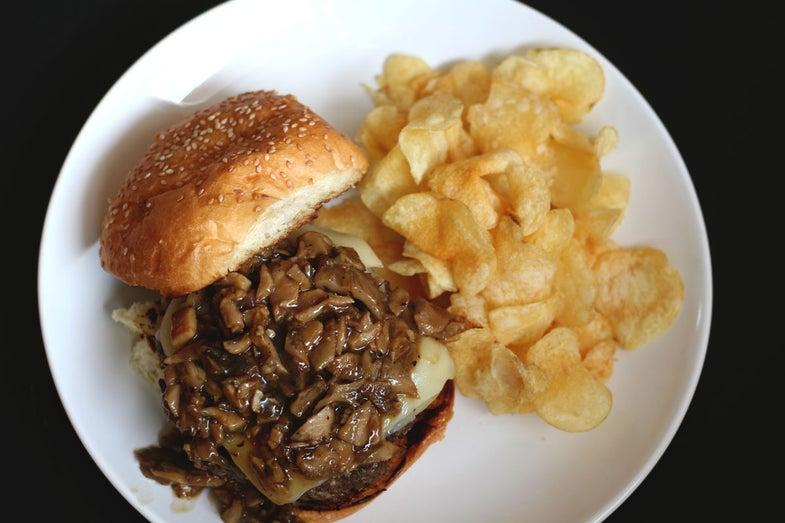 mushroom venison burger