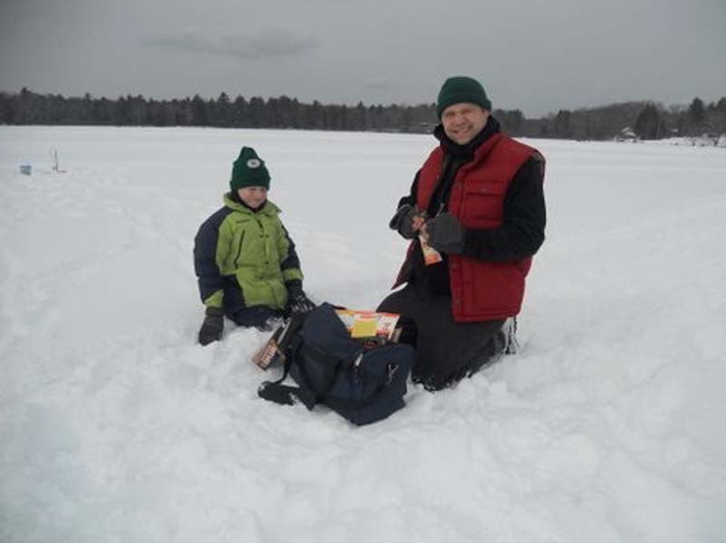 httpswww.outdoorlife.comsitesoutdoorlife.comfilesimport2014importImage2011photo6NY_icefishing_4.jpg