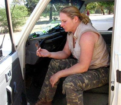 httpswww.outdoorlife.comsitesoutdoorlife.comfilesimport2014importImage2008legacyoutdoorlifeelephant_huntress_17.jpg