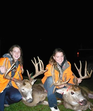 Two Cousins Take Monster Wisconsin Bucks on the Same Day