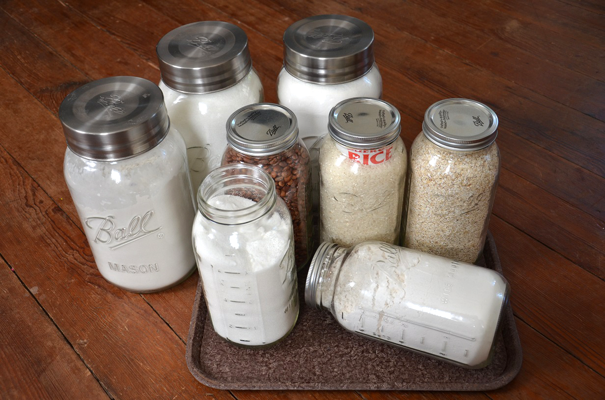 10 Survival and Emergency Uses for Glass Canning Jars