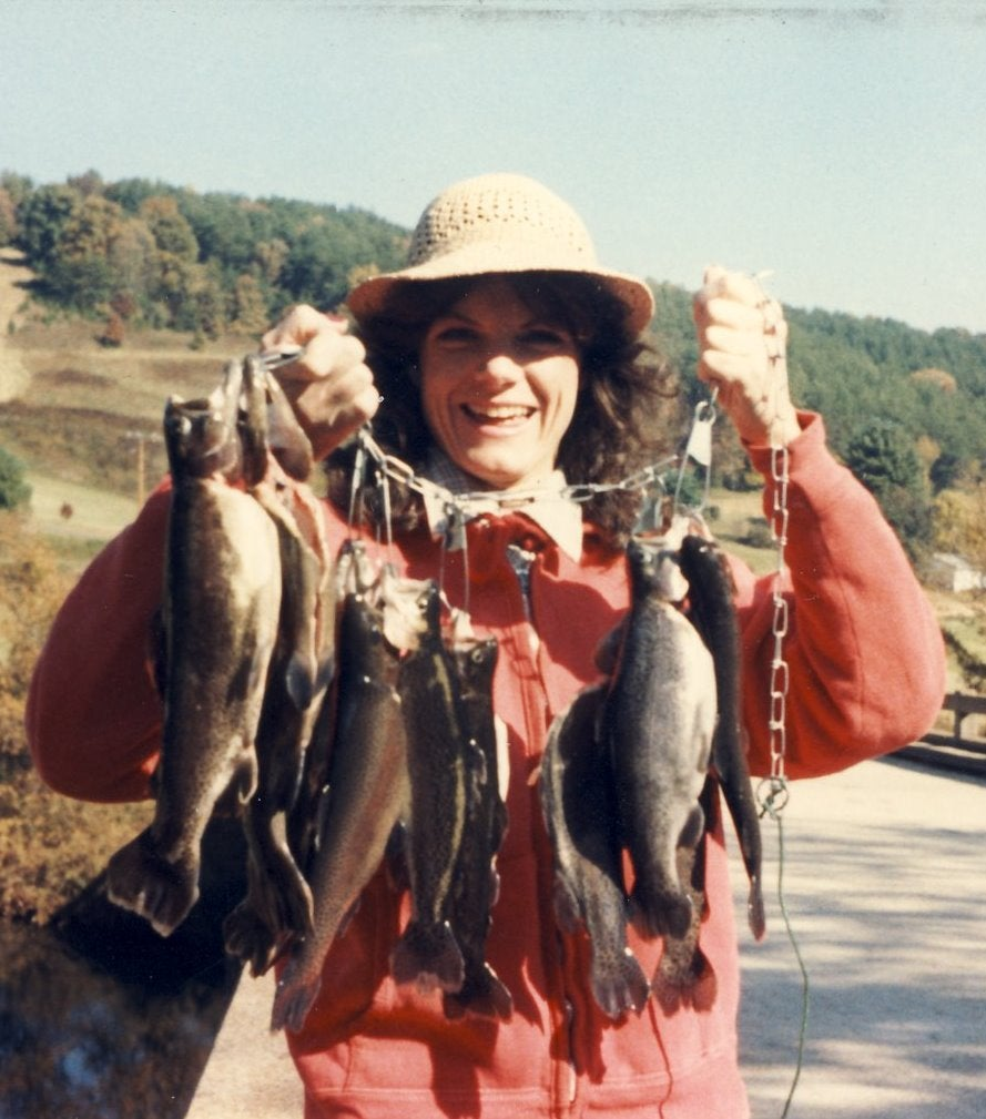 httpswww.outdoorlife.comsitesoutdoorlife.comfilesimport2014importImage2009photo6G_with_stringer_of_trout_-_smith_river-_gina_grinning2.jpg