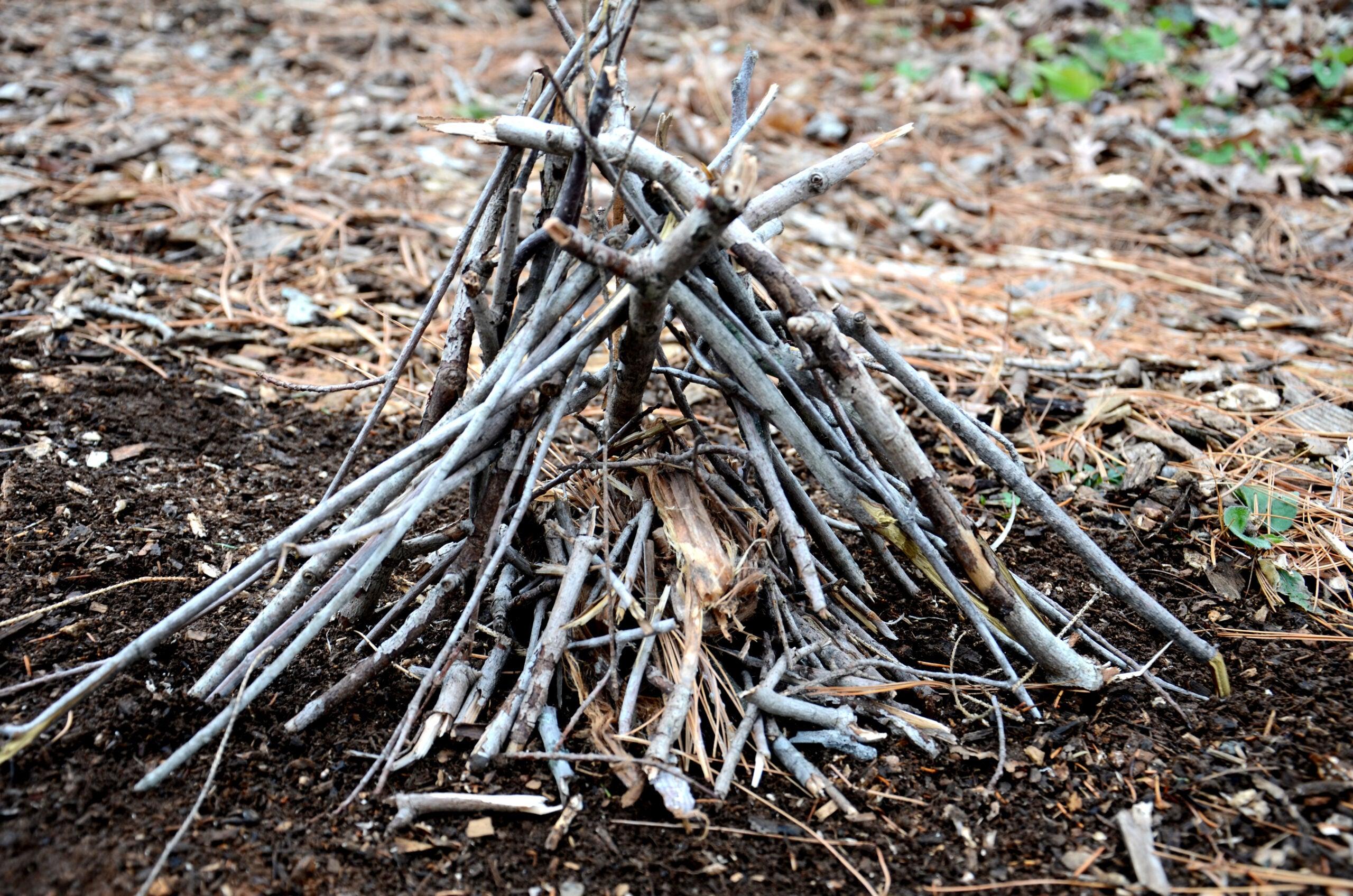 Photos: 8 Ways To Build A Fire Lay