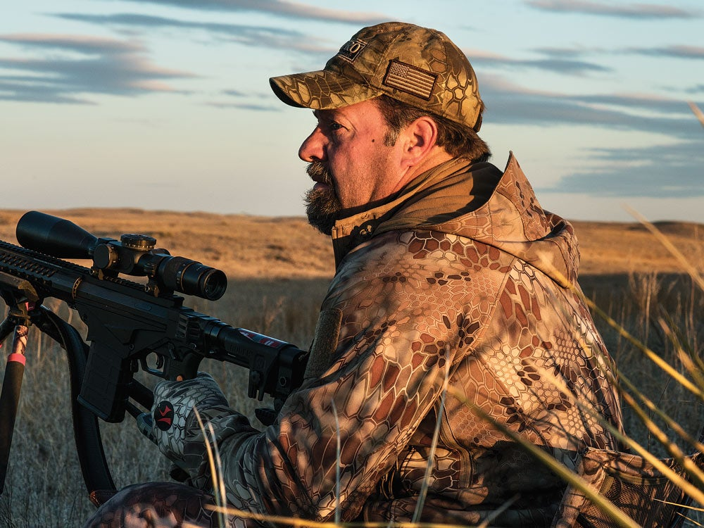 Garvin Young coyote hunting