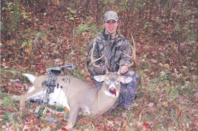 httpswww.outdoorlife.comsitesoutdoorlife.comfilesimport2014importImage2008legacyoutdoorlife125-nov08_readers_hunt_buck2.jpg