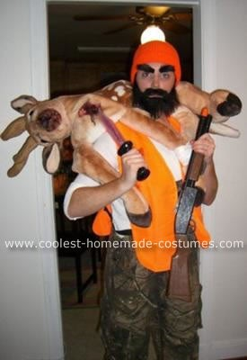 httpswww.outdoorlife.comsitesoutdoorlife.comfilesimport2014importImage2009photo7coolest-rugged-deer-hunter-costume-35918.jpg