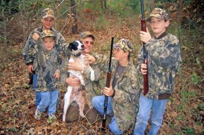 httpswww.outdoorlife.comsitesoutdoorlife.comfilesimport2014importImage2008legacyoutdoorlifesutton_bushytails_015.JPG