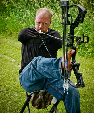 Born Without Arms, Matt Stutzman Sets His Sights on the 2012 Paralympic Archery Team