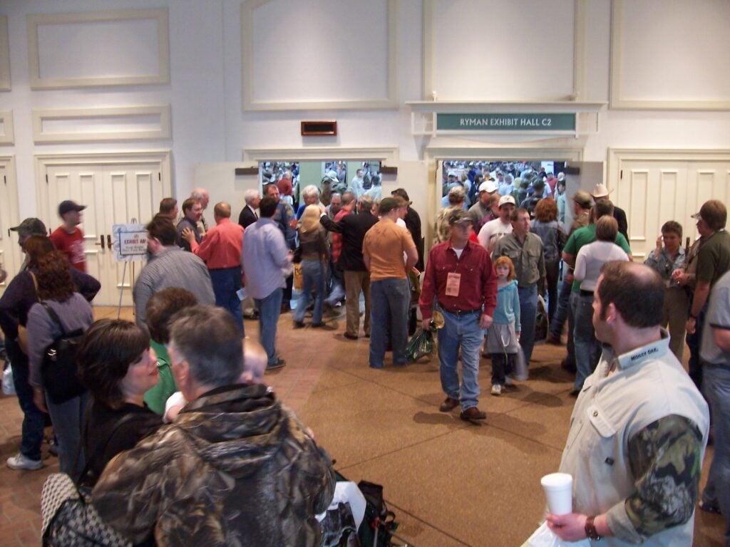 httpswww.outdoorlife.comsitesoutdoorlife.comfilesimport2014importImage2010photo30010Turkey_hunters_entering_show_floor_Nashville.jpg