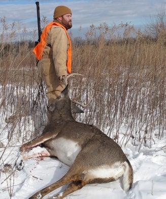 Record Quest: Iowa's Massive Bucks