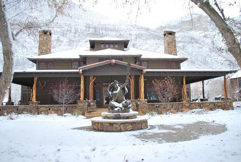 httpswww.outdoorlife.comsitesoutdoorlife.comfilesimport2014importImage2009photo61-Lodge.jpg