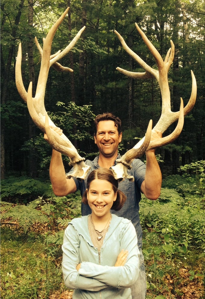 Michigan Girl Discovers Submerged Elk Skeleton, Could Be Extinct Species