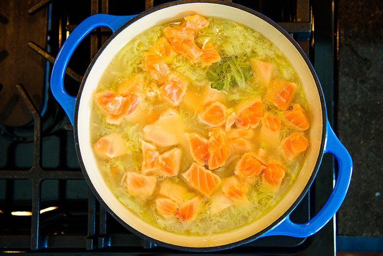 salmon-soup-on-stove
