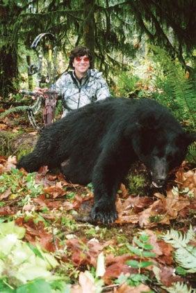 httpswww.outdoorlife.comsitesoutdoorlife.comfilesimport2014importImage2010photo3001021._Archie_Nesbitt_coastal_black_bear.jpg