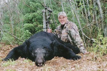 httpswww.outdoorlife.comsitesoutdoorlife.comfilesimport2014importImage2010photo300108._Kenneth_P._Shemonski_coastal_black_bear.jpg