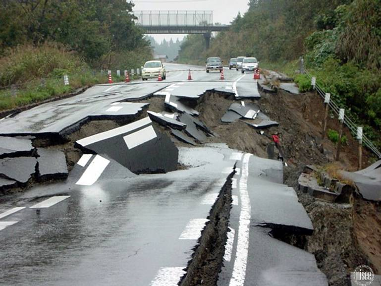 Two Big Quakes, Hours Apart