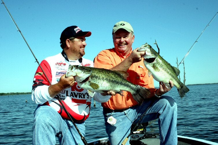 httpswww.outdoorlife.comsitesoutdoorlife.comfilesimport2014importImage2010photo6Largemouth_Bass.jpg