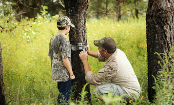 Deer Hunting: 14 Ways to Troubleshoot Your Trail Cameras