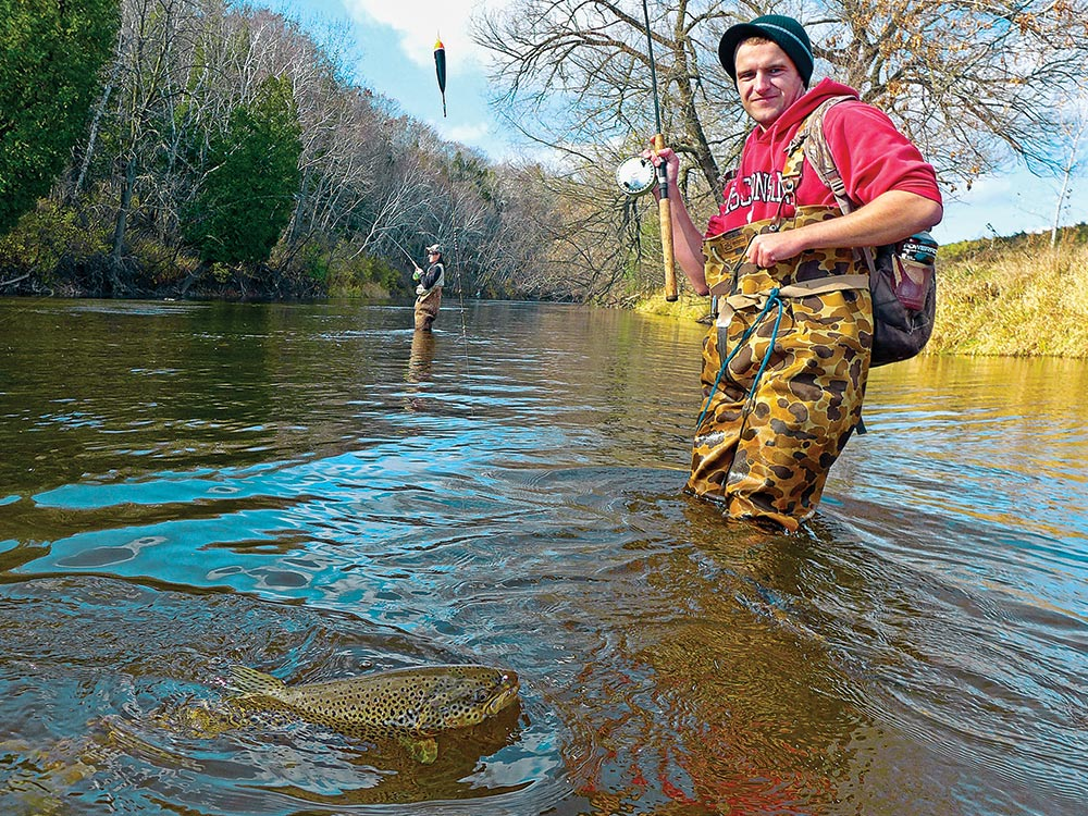 Drifting Spawn Sacs for Brown Trout Fishing