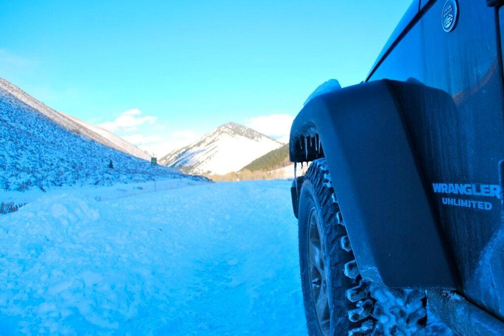 httpswww.outdoorlife.comsitesoutdoorlife.comfilesimport2013images201102jeep_in_snow_1_0.jpg