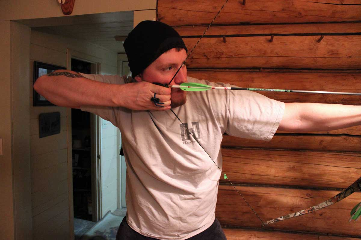 3 Form Fundamentals for Bowhunters Interested in Switching from a Compound to a Traditional Bow