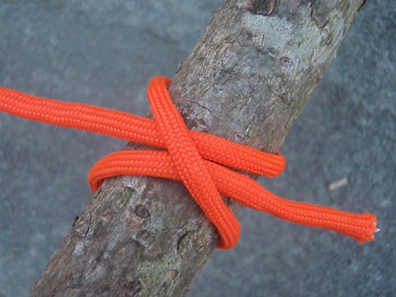 how to tie a clove hitch