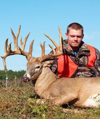 Photos: Georgia Hunter Takes 233-Inch Nontypical Buck
