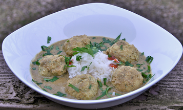 How to Spice Up Perch: A Recipe for Fish Meatballs with Salsa Verde