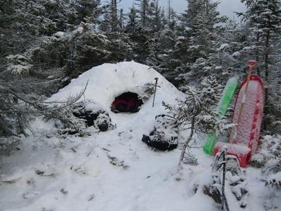 Survival Skill: 10 Ways Snow Can Keep You Alive