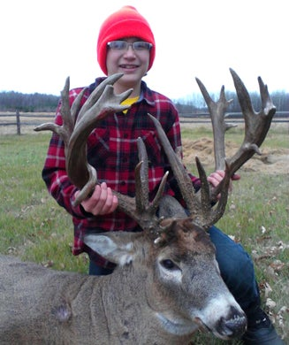 Twelve-Year-Old Kid Shoots Monster Nontypical Buck in Minnesota