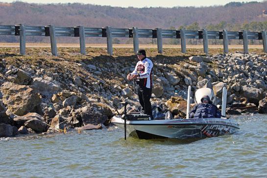 Early-Season Bass Fishing Lessons