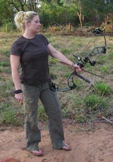 httpswww.outdoorlife.comsitesoutdoorlife.comfilesimport2014importImage2008legacyoutdoorlifeelephant_huntress_3.jpg