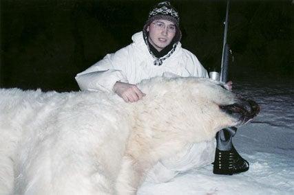 httpswww.outdoorlife.comsitesoutdoorlife.comfilesimport2014importImage2008legacyoutdoorlife125-big_bear_hunting_2_james_unrein.jpg