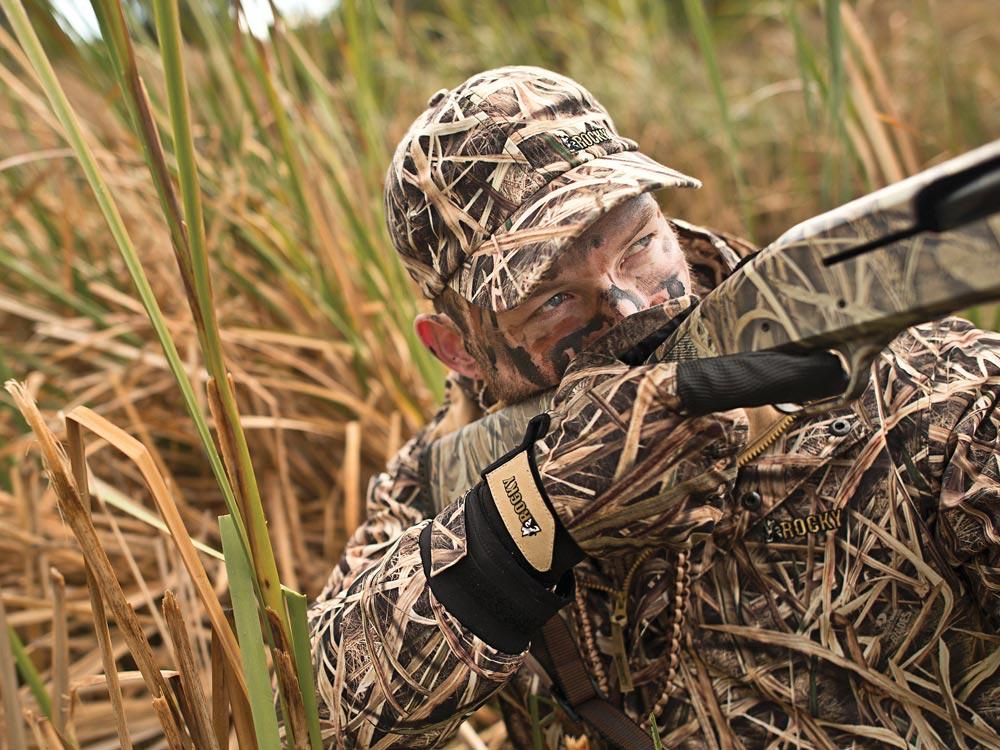 Waterfowl hunter jumpshooting ducks