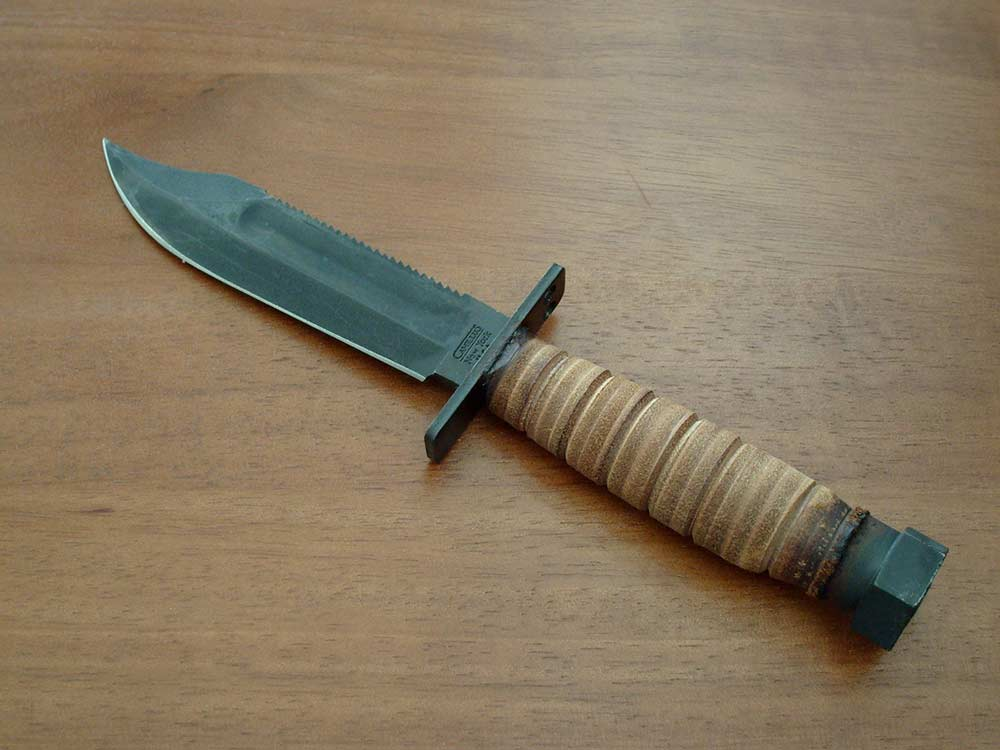 saw back knife