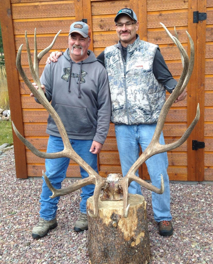 steve felix and hunting buddy world record elk