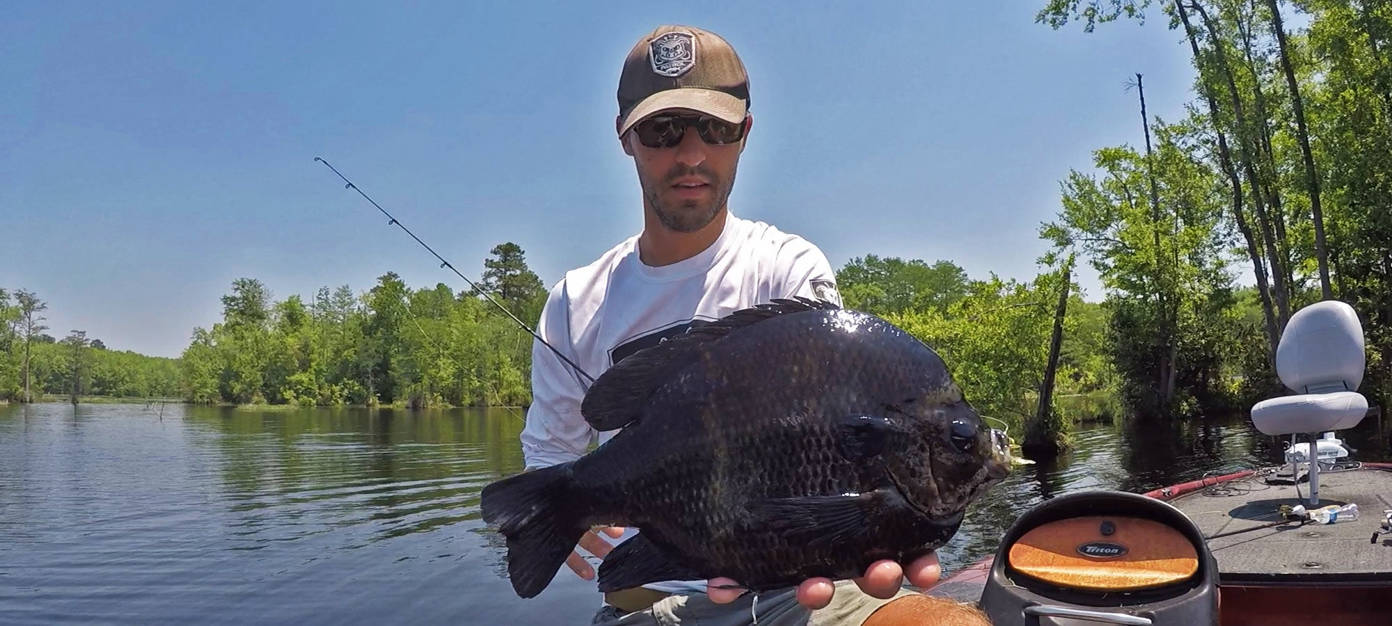 10 Tips for Catching Giant Bluegills This Summer